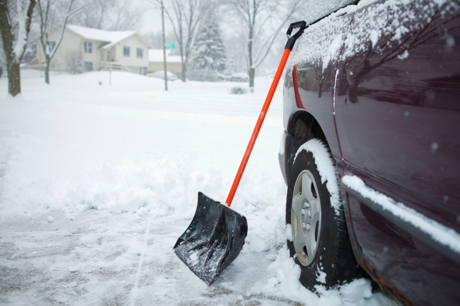 Spotlight-on-Safety-winter-driving-tips